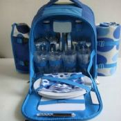 2 person picnic bag with tableware images